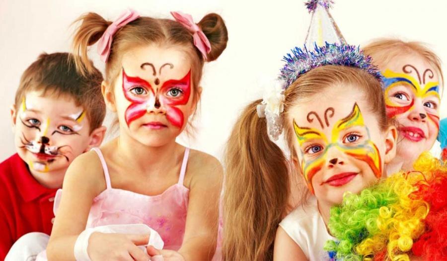 Balli di gruppo per bambini con animatori a Firenze, Siena e Arezzo