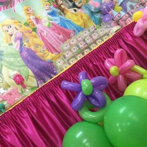 Allestimento con palloncini principesse