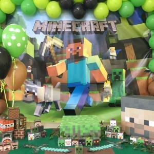 Festa a tema Minecraft con palloncini