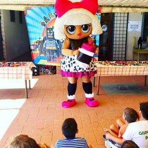 noleggio mascotte lol surprice diva per bambini firenze siena arezzo